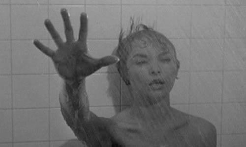 """e50bd2d6b نفسية أو نفوس معقدة للسير ألفريد هيتشكوك بالنسبة لي لا تهمني كثيراً الآراء  النقدية سلباً أو إيجاباً لأي عمل سينمائي ومع أن فيلم """" نفسية """" للصانع  العظيم ..."""
