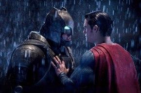 باتمان ضد سوبرمان.. أو الإنسان الأعلى ضدالإله